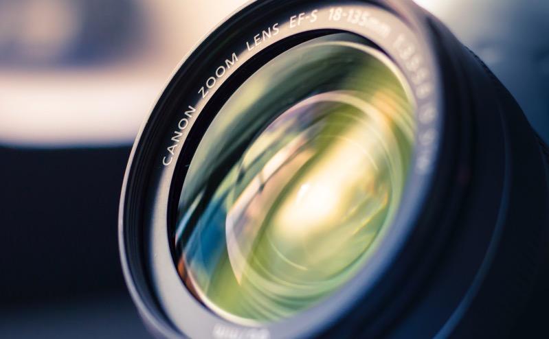 primes vs zoom lenses advantages