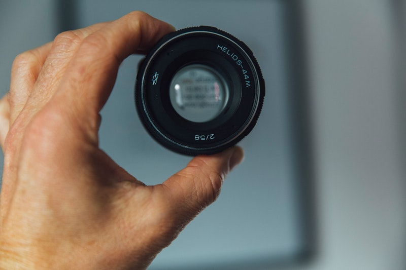 how to clean a camera lens vso small